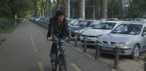 Caravana Filmelor NexT scoate scurtmetrajele la iarbă verde în Piatra Neamț