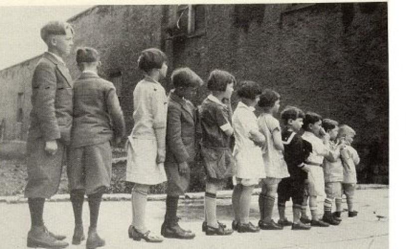 Copiii nimănui. Societăţi de binefacere, leagăne şi orfelinate