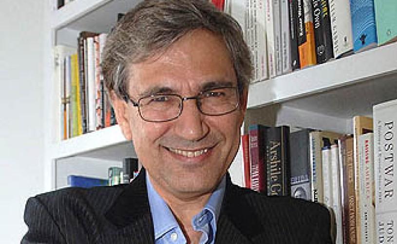 Cea mai înaltă distincție franceză, Legiunea de Onoare, a fost acordată scriitorului turc Orhan Pamuk