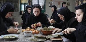 Filmul 'După dealuri', regia Cristian Mungiu, în circuitul cinematografic din România