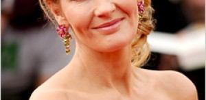J.K. Rowling promite că va reveni la scrierea cărţilor pentru copii