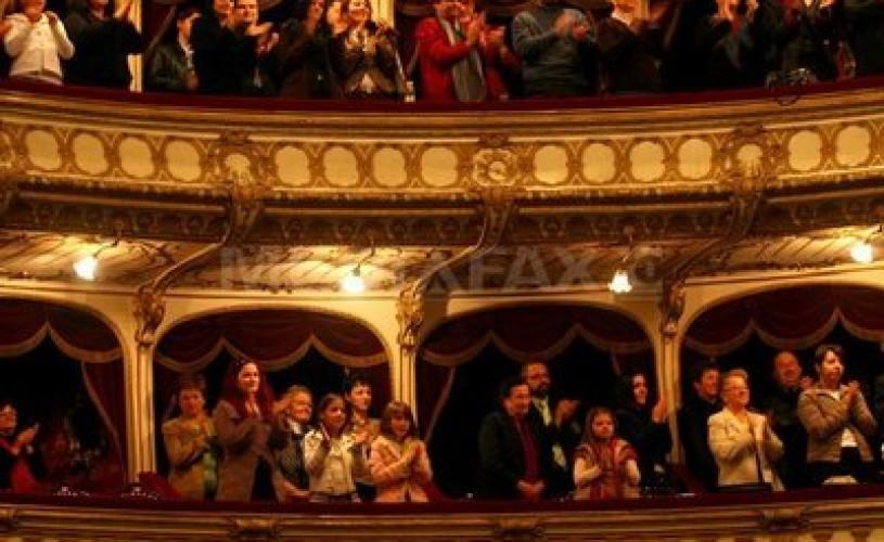 """Festivalul Naţional de Teatru 2012, deschis într-o notă optimistă, cu spectacolul """"D'ale noastre"""", dedicat lui I.L. Caragiale"""