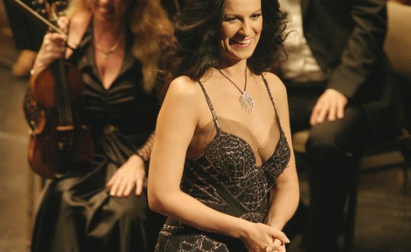 Angela Gheorghiu si-a întrerupt un concert pe scena Operei din San Francisco