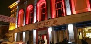 Teatrul Metropolis a sarbatorit cinci ani de existenta oferind premii publicului fondator