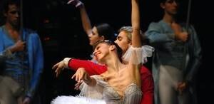 Feerie in coregrafia si scenografia baletului 'Spargatorul de Nuci' in premiera