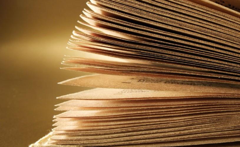 Intrebarea zilei: vor reusi romanii sa scrie cel mai rapid roman?