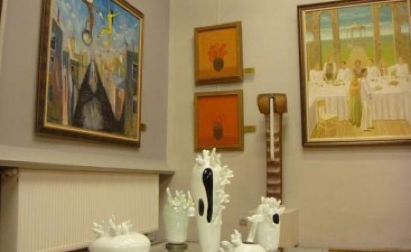"""Piaţa de arta din Romania – un prezent optimist, un viitor tern, plin de """"maruntisuri"""""""