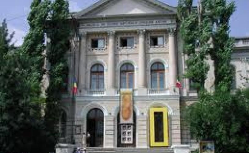 Culorile lumii vin la muzeul Antipa