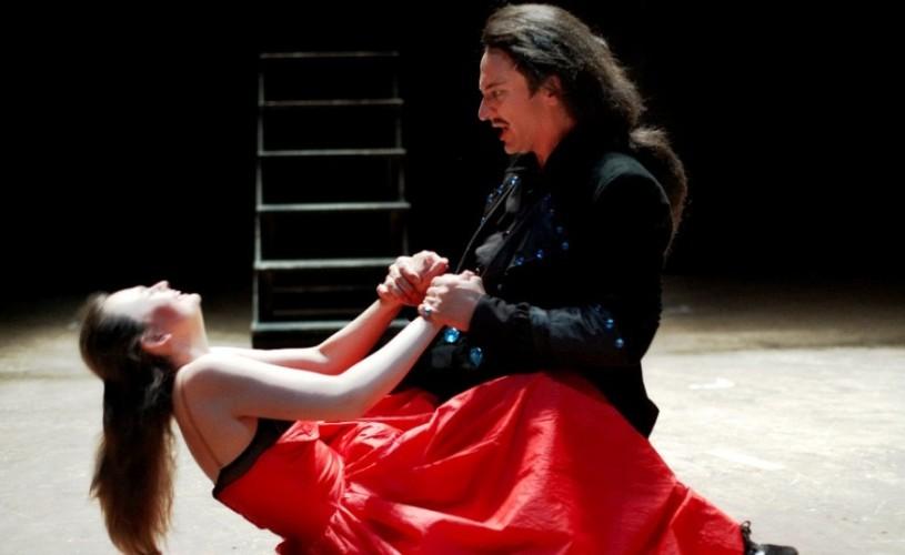 """""""Don Juan"""", """"seducătorul fatal"""", pe scena mare de la Teatrul Naţional Bucureşti"""