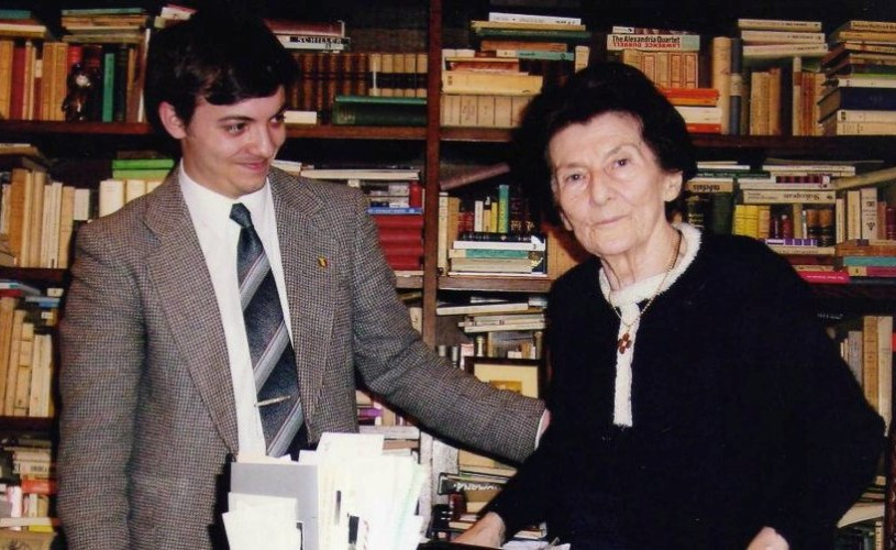 EXCLUSIV Zoe Dumitrescu-Buşulenga: Scriitorii tineri, complexaţi de Eminescu