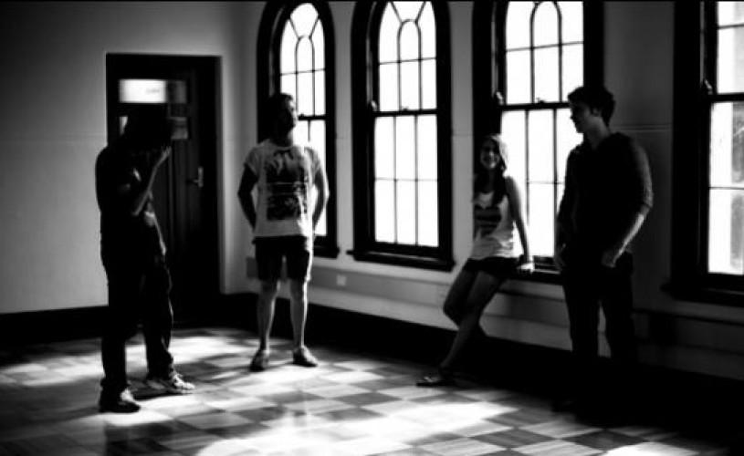 """Câştigă un loc la atelierul de actorie şi dans """"Eu şi posibilul eu""""!"""