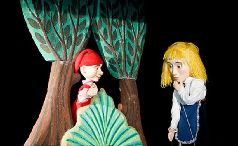 """A doua sâmbătă de """"Cofetărie teatrală"""" la Green Hours debutează cu un spectacol de teatru"""