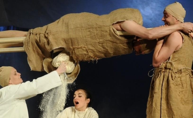GALERIE FOTO Titlul de cel mai bun spectacol de teatru al anului rămâne la Sibiu