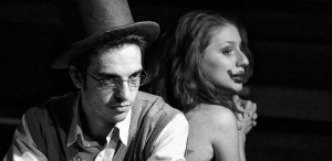 """""""Cui i-e frică de Virginia Woolf?"""" de Edward Albee - la Godot Cafe-Teatru şi SibFest 2013"""