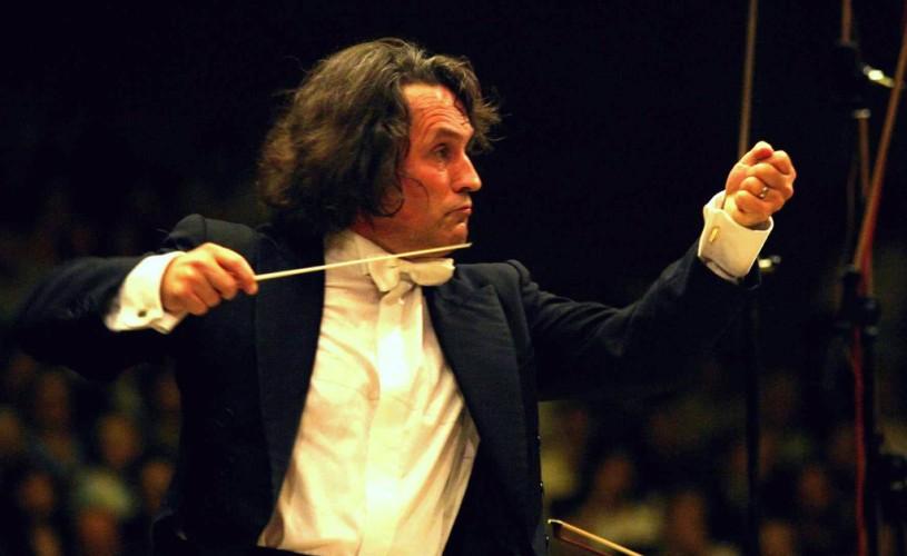 """VIDEO """"Opera Philharmonia"""", concert extraordinar de închidere a stagiunii 2012-2013 a Operei Naţionale Bucureşti"""