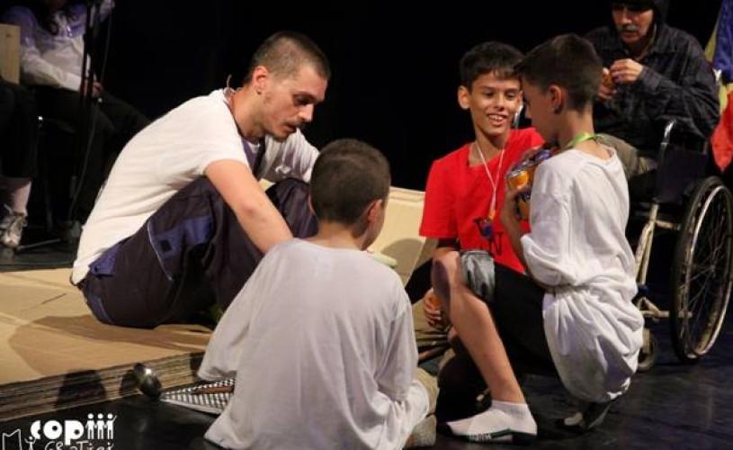 Platforma de Teatru Educaţional, la Teatrul Foarte Mic