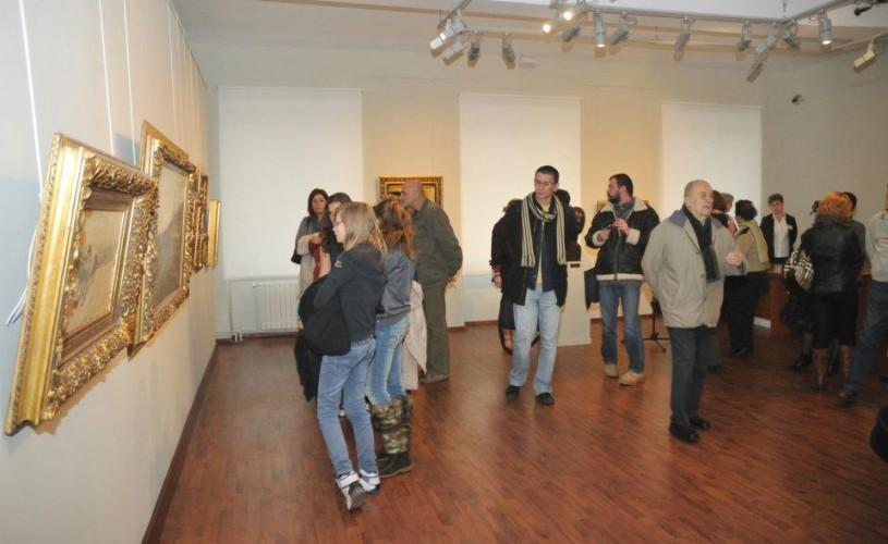 18 tablouri din colecţia Tezaur a Muzeului Mureş au fost furate şi înlocuite cu falsuri