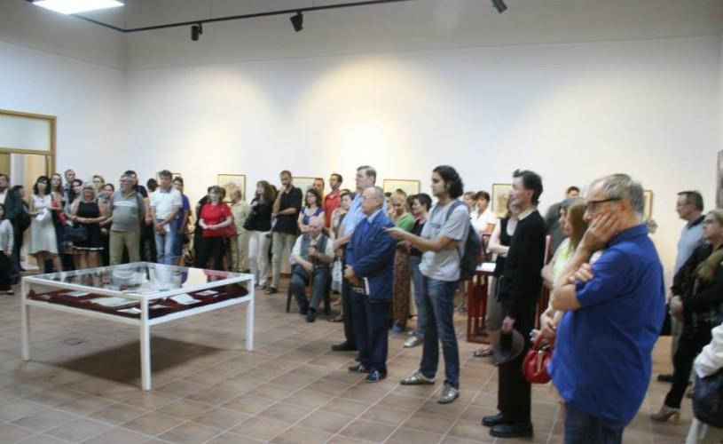 """Expoziţia de fotografie """"Living the dream"""", despre primii români stabiliţi în America, poate fi vizitată la Muzeul Ţăranului"""