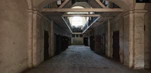 GALERIE FOTO În premieră în România, fosta închisoare comunistă de la Râmnicu Sărat poate fi vizitată online
