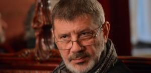 """Mihai Măniuţiu, regizor: """"În majoritatea sălilor din Bucureşti, am un somn foarte, foarte plăcut"""""""