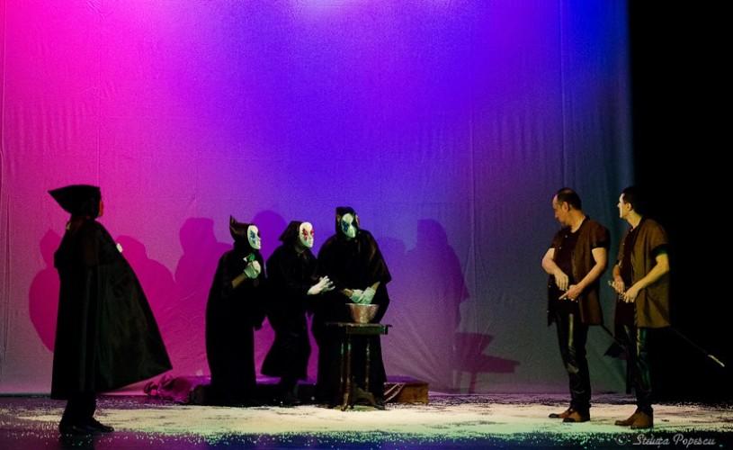 Sex, crimă şi magie neagră în Festivalul de Teatru pentru Deţinuţi