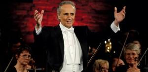 Jose Carreras cântă acompaniat de Orchestra Naţională Radio