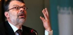 Daniel Barbu şi-a dat demisia din funcţia de ministru al Culturii