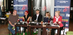 Docuart - Caravana documentarelor ajunge în cinci oraşe