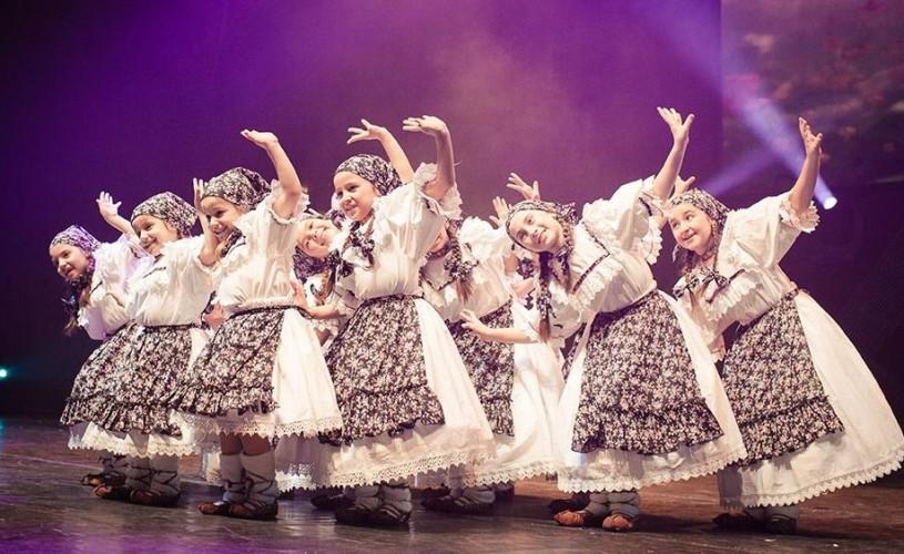 Gala Culturală Româno-Turcă: spectacol cu 350 de elevi, la Sala Palatului