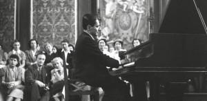 Strigăt de ajutor: Un pian pentru Lipatti!