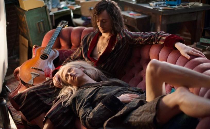 Only Lovers Left Alive. Cu vampirii la psihiatru