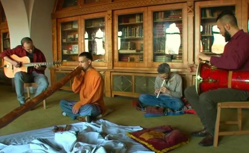 Indie Tribal, În Pod la Historia