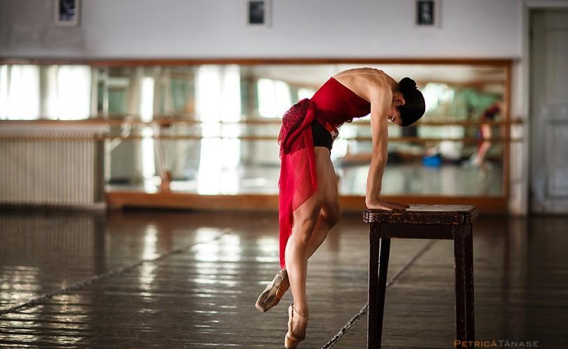 Balerina Corina Dumitrescu spulberă <strong>9 mituri</strong> despre balet