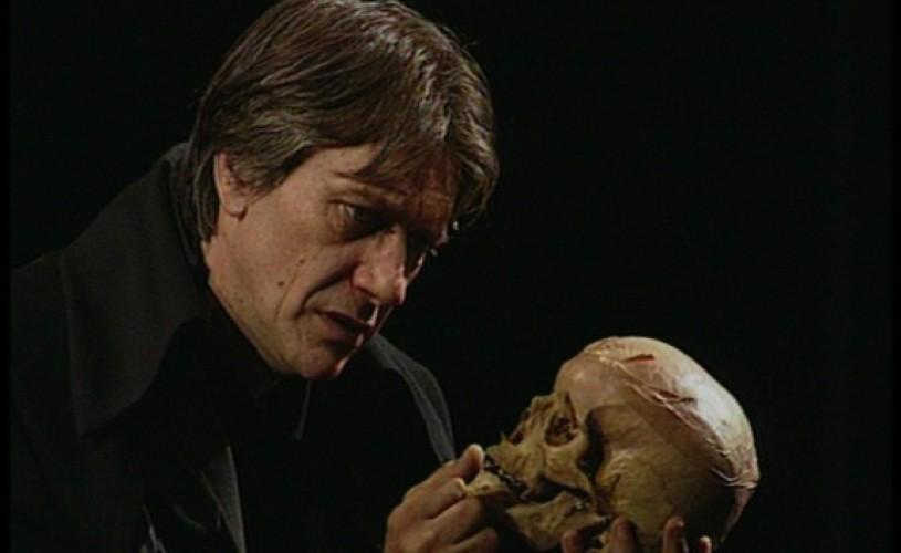 """,,Hamlet"""" cu Marcel Iureș – luni, la TVR 2"""