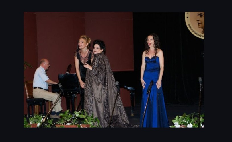 Mariana Nicolesco: S-a încheiat cu brio ediţia Master Class 2014