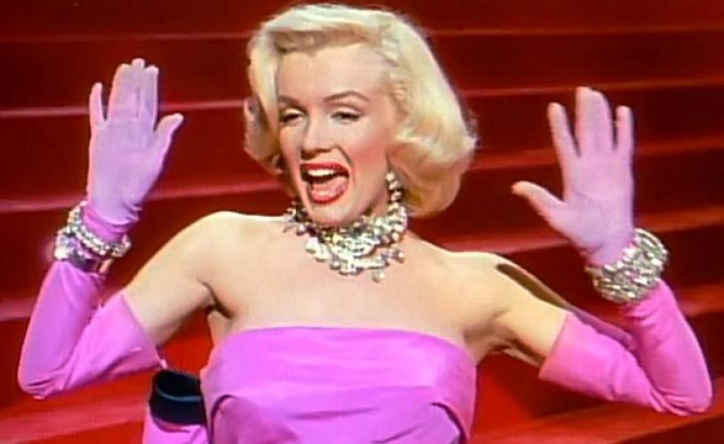 """Marilyn Monroe: """"Strălucirea poate fi fabricată"""""""