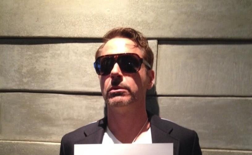 Robert Downey Jr. şi-a lansat cont pe Twitter, cu un milion de fani în mai puţin de 24 de ore