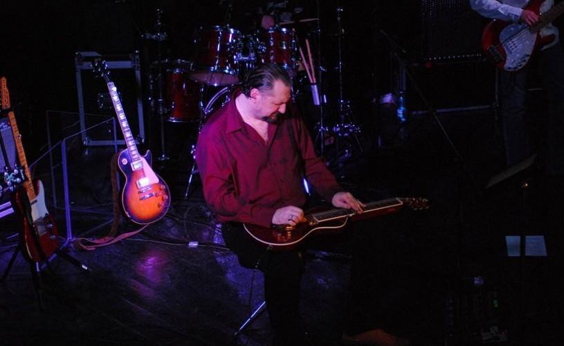 A.G.Weinberger, alias Gringo de Bucureşti, alias Mr. Blues al României, recital acustic la ARCUB