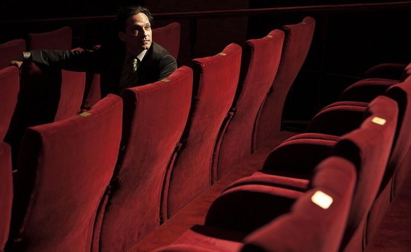 """George Ivaşcu: """"Vreau să merg în teatru ca un maratonist, nu ca un sprinter"""""""