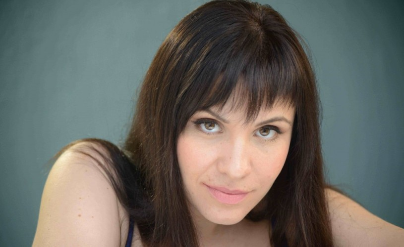 Actriţa Ana Pasti coordonează un atelier de mişcare la FNTi