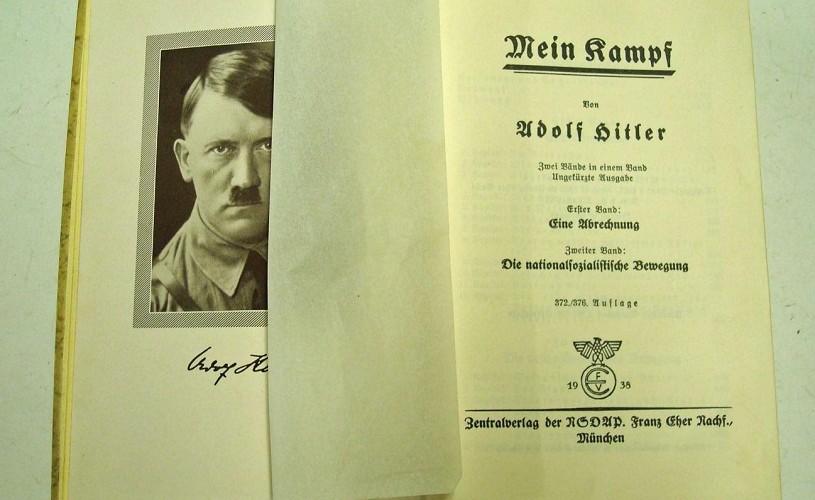 Mein Kampf, retipărit pentru prima dată de la moartea lui Hitler