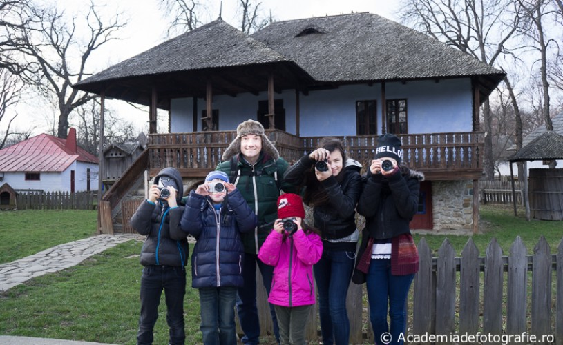 <strong>Fotografia pentru copii</strong> – curs foto în week-end, cu Simion Buia