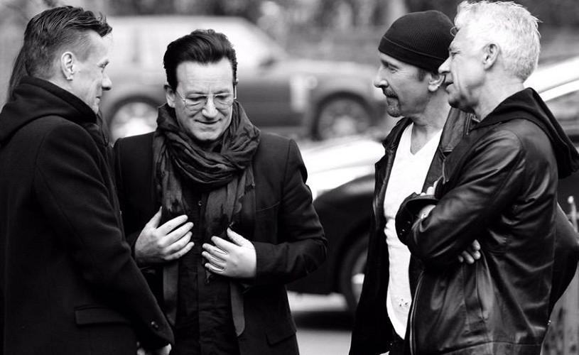 Concert U2 la o înmormântare