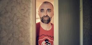 """<strong>Iulian Tănase</strong>: """"Drepţi sunt toţi cei ce îşi poartă tăcerile prin lume, în spate"""""""