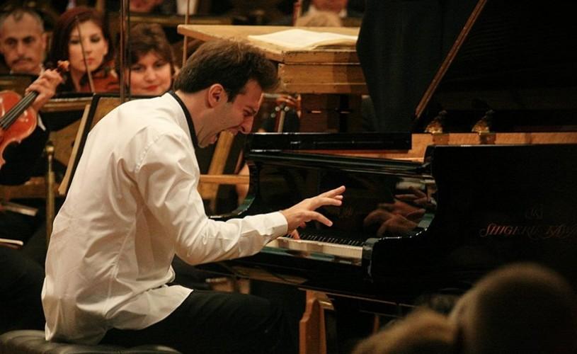 Vassilis Varvaresos, recital extraordinar la Ateneul Român