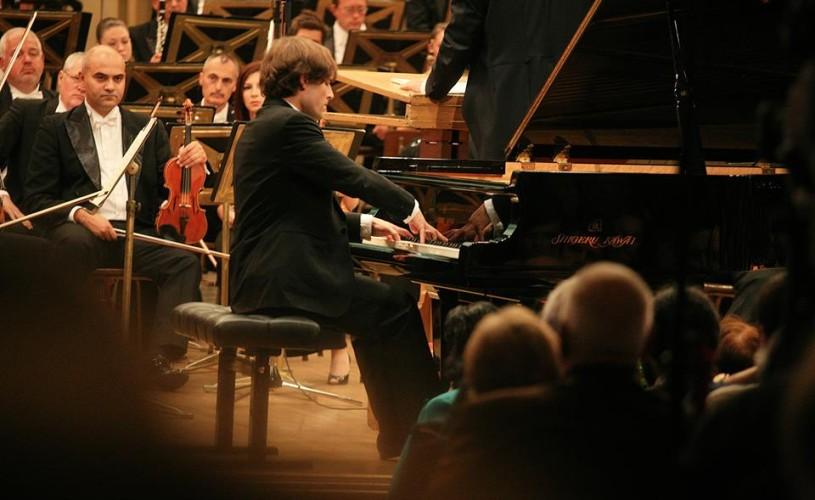 Ilya Rashkovskiy, laureat al Concursului Enescu 2014, urcă pe scena Ateneului Român pentru un recital extraordinar