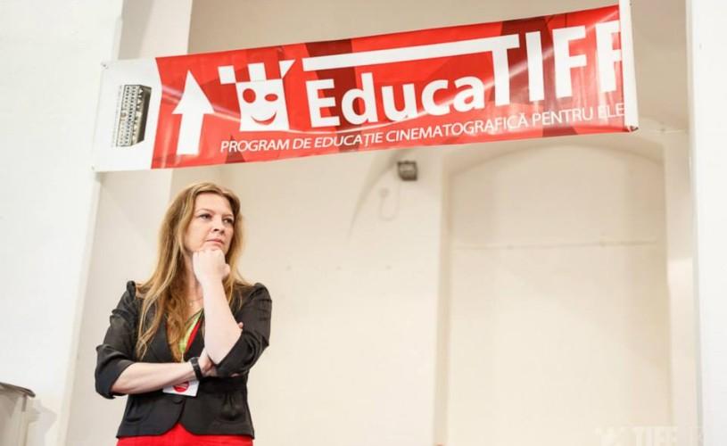 """Ileana Bîrsan: """"Este neapărată nevoie de un program de cultură vizuală în şcoli"""""""