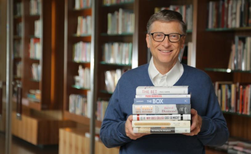 Ce cărți recomandă Bill Gates pentru vacanța de vară?