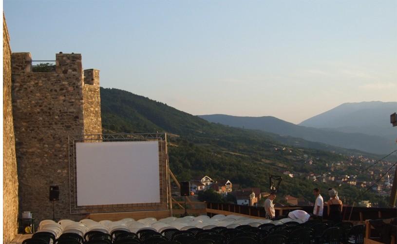 REPORTAJ DokuFest, carte de vizită pentru Kosovo