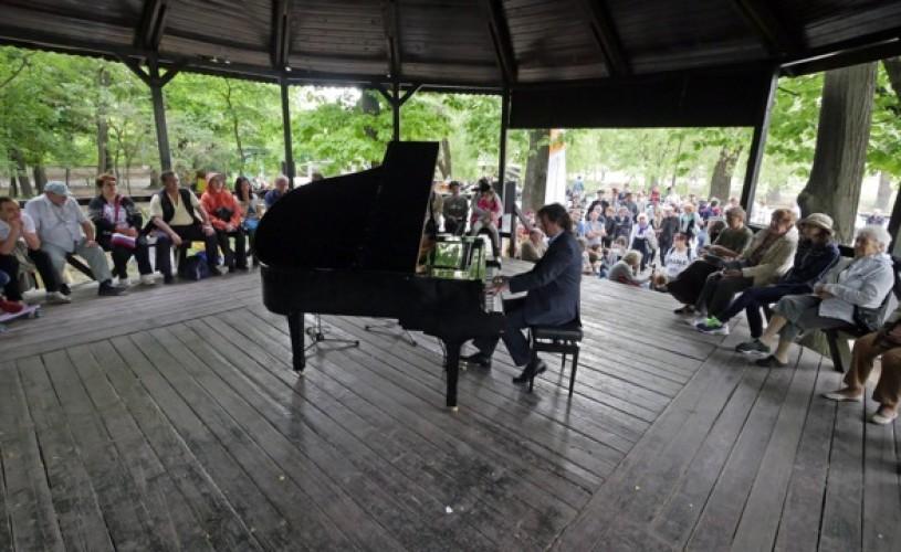 Street Art Muzical – o excursie sonoră în parcurile Bazilescu și Kiseleff